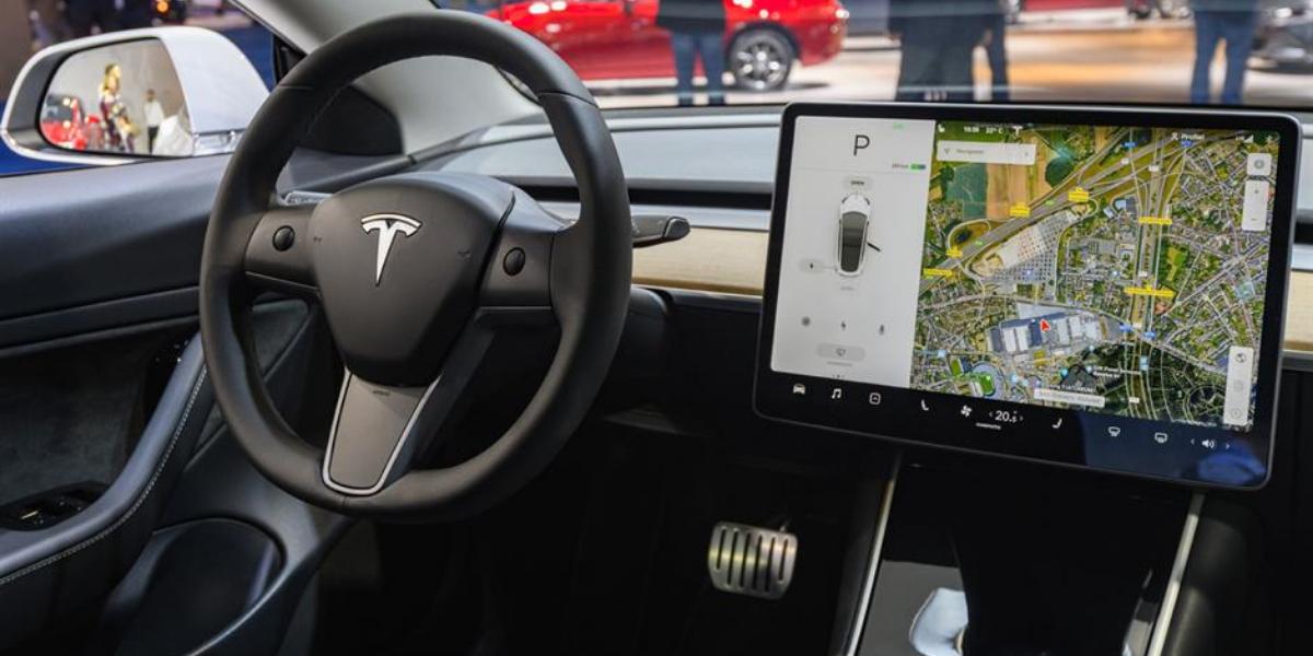 Tesla Navigation System