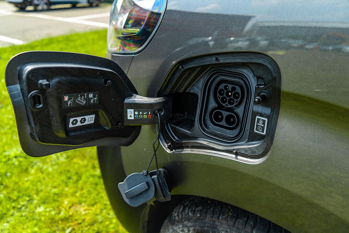 Vauxhall Vivaro E Van Charge Cap