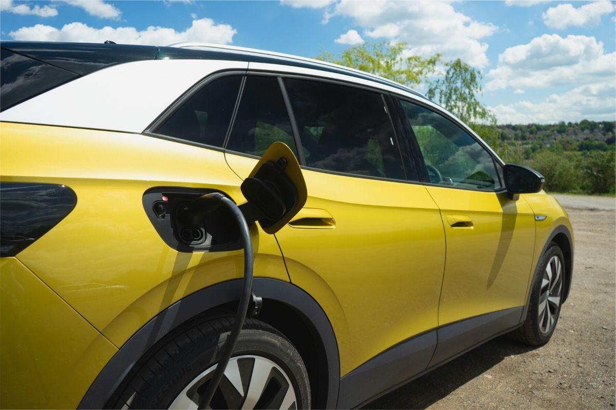Charging a Volkswagen ID.4