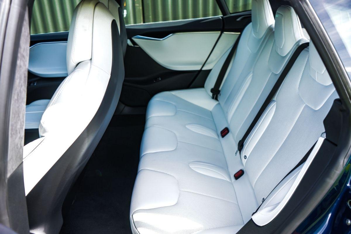Tesla Model S P100D seats