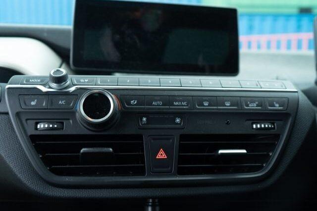 BMW i3s Black interior