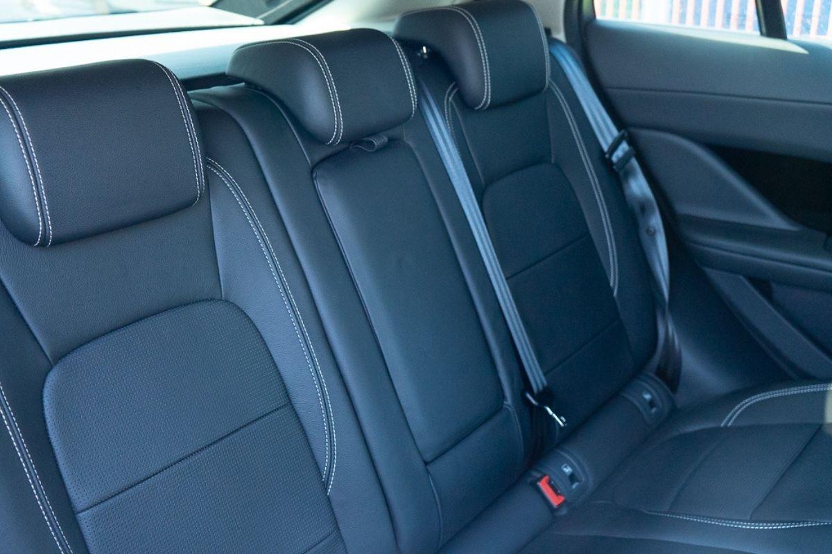 Jaguar I-Pace SE seats