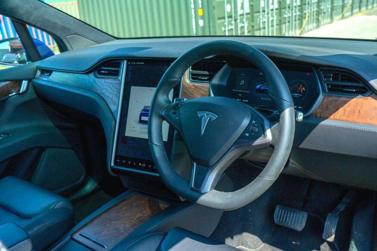 Tesla Model X 100D interior