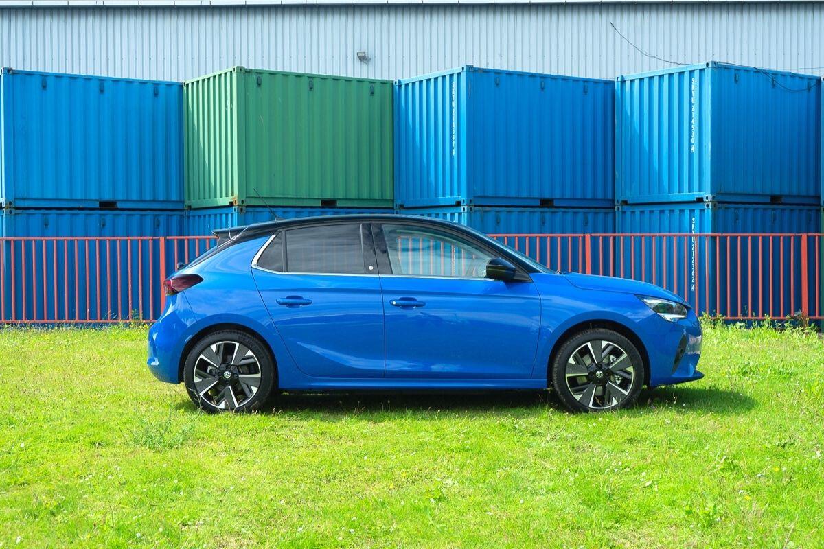 Vauxhall Corsa-e Elite NAV Premium
