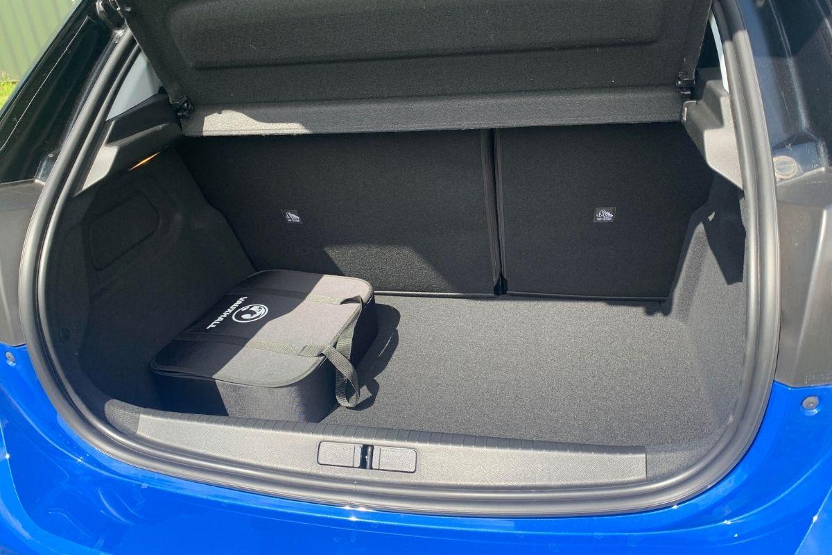 Vauxhall Corsa-e Elite NAV Premium boot