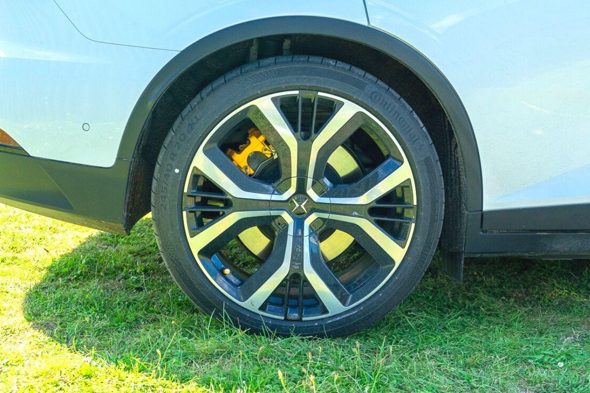 Polestar 2 wheel