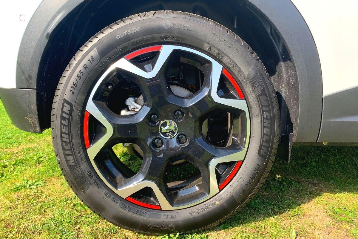 Vauxhall Mokka-e tyre