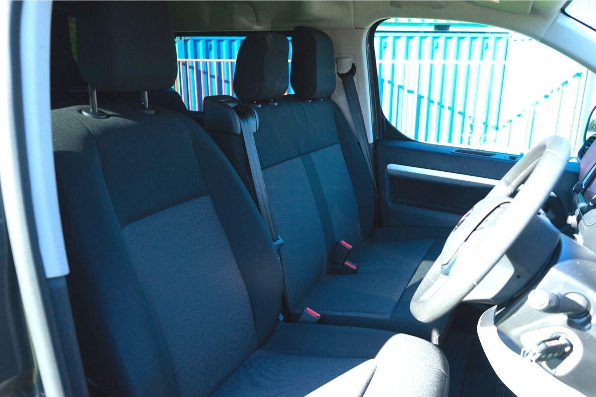 Vauxhall Vivaro-e Double Cab Van interior